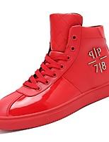 Недорогие -обувь Искусственное волокно Полиуретан Весна Осень Удобная обувь Кеды для Повседневные Белый Черный Красный