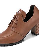 preiswerte -Schuhe Gummi Frühling Herbst Komfort Stiefel Blockabsatz Runde Zehe für Schwarz Hellbraun