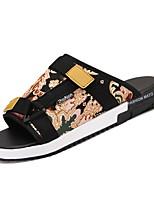 Недорогие -обувь Полиуретан Весна Осень Удобная обувь Тапочки и Шлепанцы для Повседневные Белый Синий Черный/Желтый