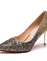 Недорогие -Для женщин Обувь Блестки Весна Удобная обувь Обувь на каблуках На шпильке Заостренный носок Пайетки для Повседневные Черный и золотой