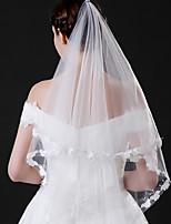 abordables -Une couche Style moderne Mariée Princesse Style Simple Mariage Voiles de Mariée Voiles longueur coude Avec Conception de papillon