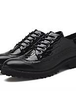 baratos -Homens sapatos Couro Envernizado Primavera Outono Conforto Oxfords para Escritório e Carreira Preto Preto/Vermelho