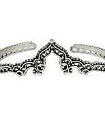 abordables -Femme Manchettes Bracelets , Rétro Basique Alliage Forme Géométrique Bijoux Entraînement Valentin