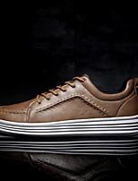 Недорогие -Муж. обувь Искусственное волокно Полиуретан Дерматин Наппа Leather Весна Удобная обувь Кеды для Повседневные на открытом воздухе Белый