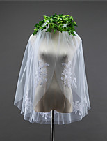 cheap -Two-tier Double Layered Wedding Veil Fingertip Veils 53 Crystals/Rhinestones Tulle