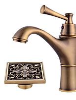 Недорогие -Античный По центру Широко распространенный Керамический клапан Одной ручкой одно отверстие Античная медь, Смеситель