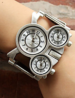 abordables -Oulm Mujer Pareja Cuarzo Reloj de Moda Reloj Deportivo Reloj Casual Japonés Reloj Casual Aleación Banda Lujo Casual Plata