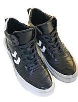 Недорогие -Муж. обувь Полиуретан Зима Удобная обувь Кеды для Повседневные Черный