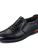 Недорогие -Муж. обувь Лакированная кожа Весна Осень Удобная обувь Мокасины и Свитер для Повседневные Офис и карьера Черный Коричневый