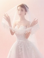 cheap -One-tier Lace Applique Edge Veil Wedding Veil Elbow Veils Fingertip Veils 53 Pendant Pattern Lace Tulle