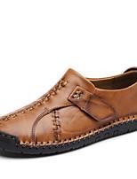 Недорогие -Муж. обувь Кожа Лето Обувь для дайвинга Удобная обувь Мокасины и Свитер для Повседневные на открытом воздухе Черный Темно-русый
