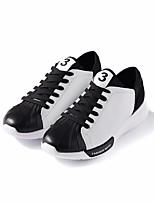 preiswerte -Herrn Schuhe PU Frühling Herbst Komfort Sneakers für Normal Weiß Schwarz Rot
