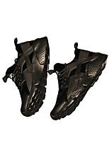 Недорогие -Муж. обувь Дерматин Зима Удобная обувь Кеды для Повседневные Черный Черно-белый