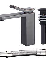 Недорогие -Современный По центру Широко распространенный Керамический клапан Одной ручкой одно отверстие Начищенная бронза, Смеситель