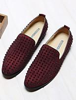 Недорогие -Муж. обувь Кожа Лето Удобная обувь Мокасины и Свитер Заклепки для Повседневные Вино