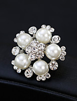 cheap -Women's Floral Flower Rhinestone Pearl Brooches - Floral / Fashion / European Gold / Silver Brooch For Wedding / Daily