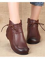 baratos -Mulheres Sapatos Pele Pele Napa Primavera Outono Botas da Moda Botas Sem Salto Botas Curtas / Ankle para Preto Marron Vermelho