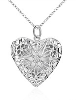 preiswerte -Herrn Damen leuchtend Herz Anhängerketten - leuchtend Modisch Europäisch Herz Modische Halsketten Für Alltag