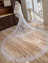 preiswerte -Zweischichtig Brautkleidung Hochzeit Hochzeitsschleier Kapellen Schleier Kathedralen Schleier Mit Verstreute Perlen mit Blumen Spitze Tüll