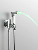Недорогие -Современный Ручная душевая лейка насадки для смесителей Хром Особенность - Дождевая лейка LED Для душа, Душевая головка