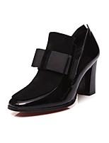 abordables -Mujer Zapatos Cuero Primavera Otoño Pump Básico Tacones Tacón Cuadrado Dedo redondo Pajarita para Oficina y carrera Negro