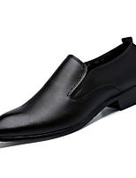 Недорогие -Муж. обувь Полиуретан Кожа Весна Осень Удобная обувь Мокасины и Свитер для Повседневные Черный