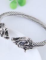 preiswerte -Herrn Damen Manschetten-Armbänder - Retro Modisch Europäisch Wolf Silber Armbänder Für Alltag