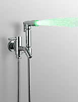 preiswerte -Moderne Handdusche Armaturem Beleuchtung Chrom Eigenschaft - Regenfall, Duschkopf