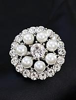 cheap -Women's Rhinestone Pearl Brooches - Simple / Fashion / European Geometric Gold / Silver Brooch For Wedding / Daily
