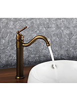 cheap -Bathroom Sink Faucet - Widespread Rotatable Antique Brass Deck Mounted Single Handle One Hole