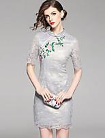 Недорогие -Жен. Изысканный Шинуазери (китайский стиль) Облегающий силуэт Оболочка Платье - Цветочный принт, Кружева Вышивка Выше колена