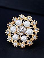 cheap -Women's Brooches Rhinestone Pearl Alloy Geometric Gold Silver Simple Fashion European Jewelry Wedding Daily Costume Jewelry