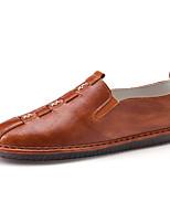 Недорогие -Муж. обувь Искусственное волокно Весна Осень Удобная обувь Мокасины и Свитер для Повседневные Черный Коричневый Хаки