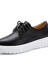 Недорогие -Жен. Обувь Кожа Наступила зима Удобная обувь Кеды Платформа Белый / Черный