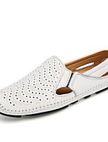 Недорогие -Муж. обувь Кожа Лето Обувь для дайвинга / Удобная обувь Мокасины и Свитер Черный / Коричневый / Синий