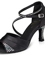 baratos -Mulheres Sapatos de Dança Latina Cetim Têni Detalhes em Cristal Salto Cubano Sapatos de Dança Preto / Roxo / Azul / Ensaio / Prática