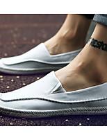 Недорогие -Муж. обувь Искусственное волокно Лето Удобная обувь / Мокасины Мокасины и Свитер Белый / Черный