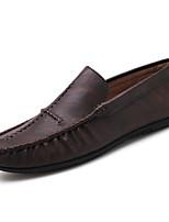 Недорогие -Муж. обувь Полиуретан Весна Осень Удобная обувь Мокасины и Свитер для Повседневные Черный Коричневый Хаки