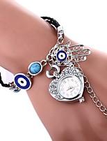 abordables -Femme Quartz Bracelet de Montre Chinois Imitation de diamant Montre Décontractée Polyuréthane Bande Heart Shape Bohème Argent Doré