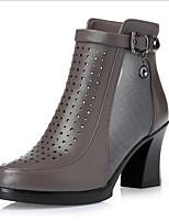 Недорогие -Жен. Обувь Искусственное волокно Весна Удобная обувь Ботинки На толстом каблуке для Повседневные Черный Серый