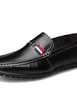 Недорогие -Муж. обувь Кожа Весна Удобная обувь / Мокасины Мокасины и Свитер Белый / Черный / Желтый