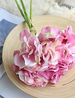 abordables -Fleurs artificielles 3 Une succursale Fleurs de mariage / Style Simple Hortensias Fleur de Table