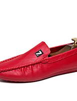 Недорогие -Муж. обувь Дерматин Лето Осень Обувь для дайвинга Удобная обувь Мокасины и Свитер для Повседневные на открытом воздухе Белый Черный