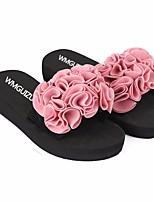 Недорогие -Жен. Обувь КожаПВХ Лето Удобная обувь Тапочки и Шлепанцы Микропоры для Повседневные Черный Красный Розовый