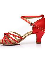 baratos -Mulheres Sapatos de Dança Latina Cetim Sandália / Salto Recortes Salto Personalizado Personalizável Sapatos de Dança Vermelho / Interior