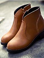 Недорогие -Жен. Обувь Полиуретан Осень Удобная обувь Ботинки На толстом каблуке для Повседневные Черный Желтый