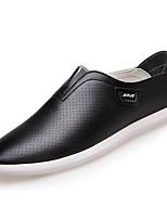 Недорогие -Муж. обувь Искусственное волокно Лето Удобная обувь Мокасины и Свитер Белый / Черный