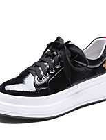 Недорогие -Жен. Обувь Искусственное волокно Весна Удобная обувь Кеды На плоской подошве Круглый носок Животные принты Белый / Черный