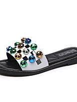 preiswerte -Damen Schuhe PU Sommer Komfort Slippers & Flip-Flops Flacher Absatz für Normal Weiß Schwarz