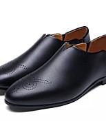 Недорогие -Муж. обувь Искусственное волокно Полиуретан Весна Осень Удобная обувь Мокасины и Свитер для Повседневные Черный Серый